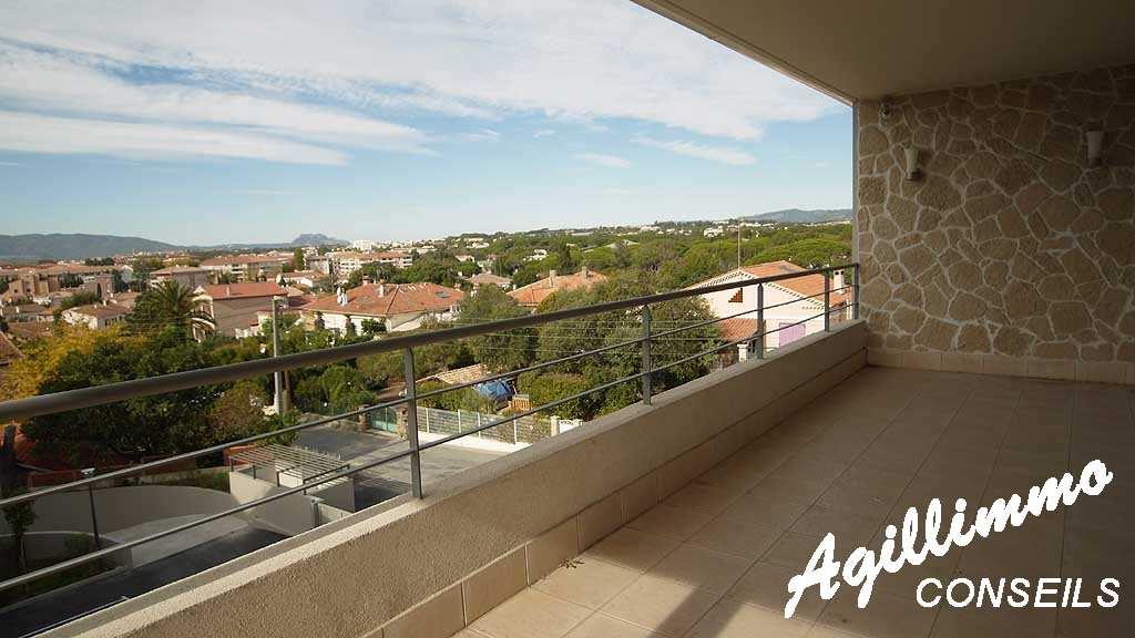 Exceptionnel Villa sur le toit Quartier Valescure - SAINT RAPHAEL